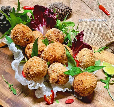 Crispy Red Curry Rice Balls